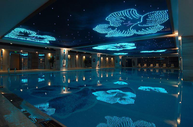 康体游泳池