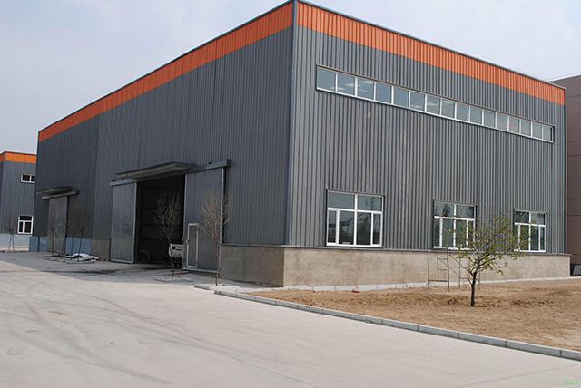 聚脲-钢结构厂房屋面及外墙防腐防水