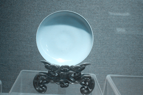 钧瓷盘(宋代公元960~1279年)