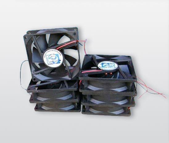 工程电动车充电机风扇
