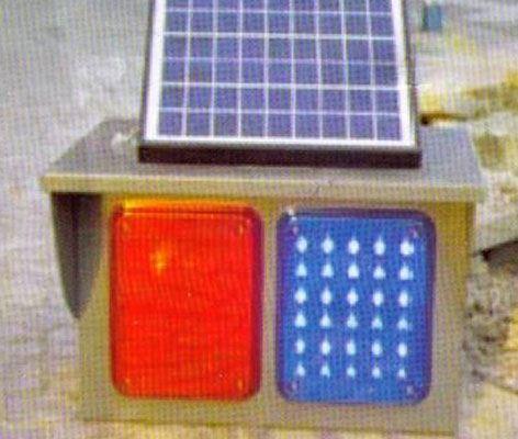 太陽能信號燈
